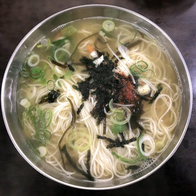국수 한 그릇.jpg